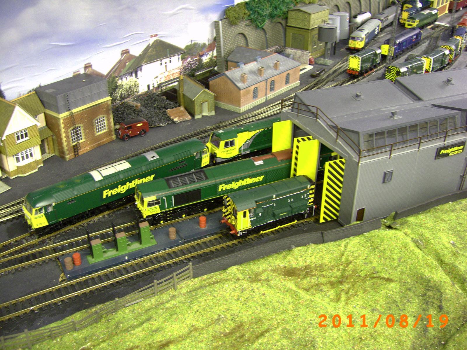 Model Rail Forum -> Gallery -> Viewing image -> Freightliner
